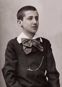 Marcel Proust (15 ans) photographié le 24 mars 1887 par Paul Nadar